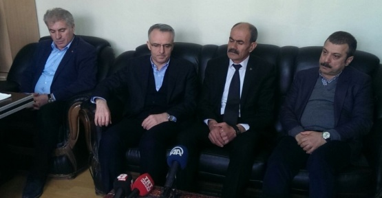 Bakan Ağbal, MHP Bayburt İl Başkanlığını ziyaret etti