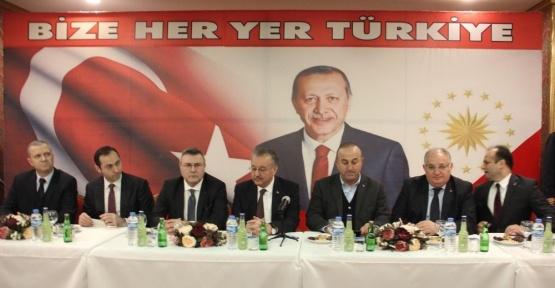 """Bakan Çavuşoğlu: """"Batılılar çifte standardın ve ikiyüzlülüğün sembolü haline geldi"""""""
