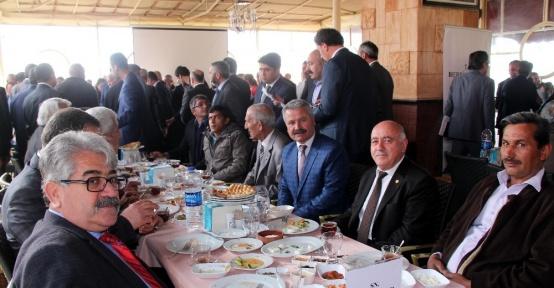"""Bakan Elvan; """"Bu anayasa değişikliği siyasi bir mesele değil memleket meselesidir"""""""