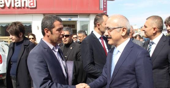 Bakan Elvan, referandum çalışmasına katıldı