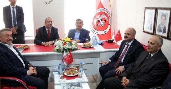 """Bakan İsmet Yılmaz Açıkladı: """"Türkiye'nin En Büyük Sorunu..."""""""