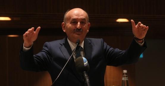 """Bakan Müezzinoğlu: """"Soydaşlarımız aylık 53 TL karşılığında Türkiye'de sağlık hizmetlerinden faydalanabilecek"""""""