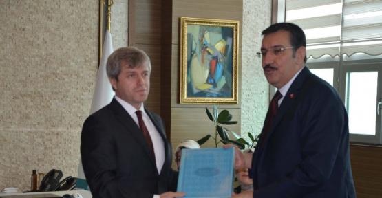 """Bakan Tüfenkci: """"Bitlis'in güvenlik problemleri halledildikten sonra önü çok açık"""""""
