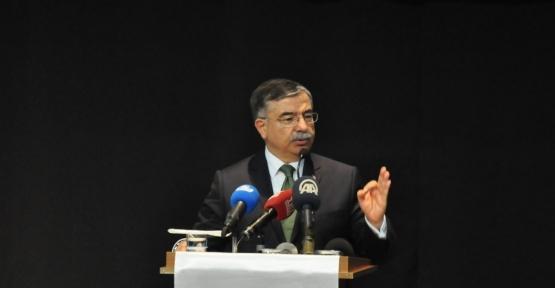 """Bakan Yılmaz: """"Referandum süreci CHP'de olumlu değişikliklere yol açtı"""""""