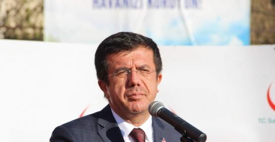 Bakan Zeybekci, 18 Mart'ta şehit ve gazi çocuklarını sevindirdi