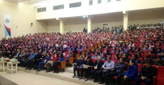 'Başarı ve Motivasyon´ konulu seminerler ilgi gördü