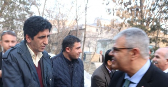 Başbakan Yardımcısı Kaynak, STK temsilcileriyle bir araya geldi