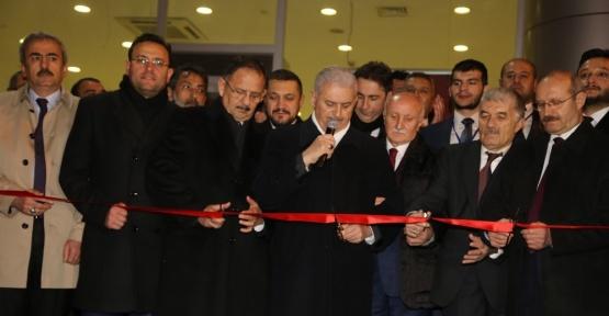 Başbakan Yıldırım, Birlik Vakfının 45. şubesini hizmete açtı
