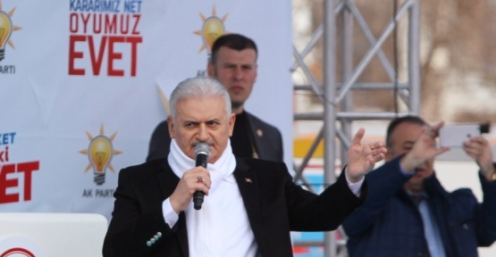 """Başbakan Yıldırım, """"Türkiye'de rejim sorunu yok. Değişime direnen bir ana muhalefet sorunu var"""""""