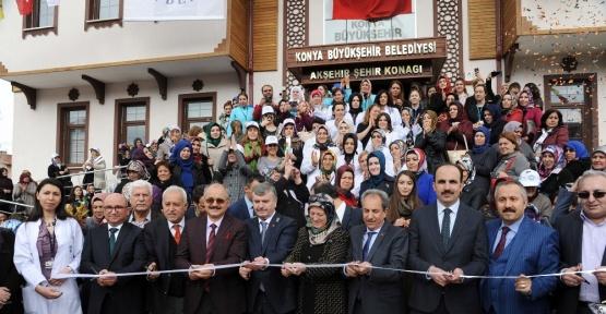 """Başkan Akyürek: """"Konya aile huzurunun başkenti olmalıdır"""""""