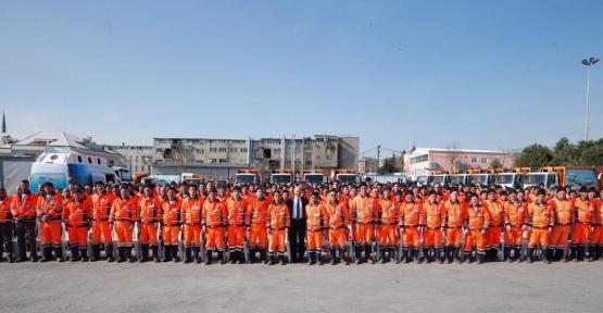 Başkan Altunay, Anayasa değişikliğini temizlik personellerine anlattı