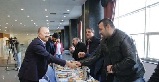 Başkan Altunay sektör temsilcileriyle biraraya geldi