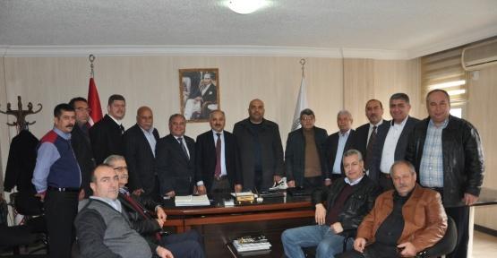 Başkan Dinçer, Tarsus'ta oda başkanlarıyla buluştu
