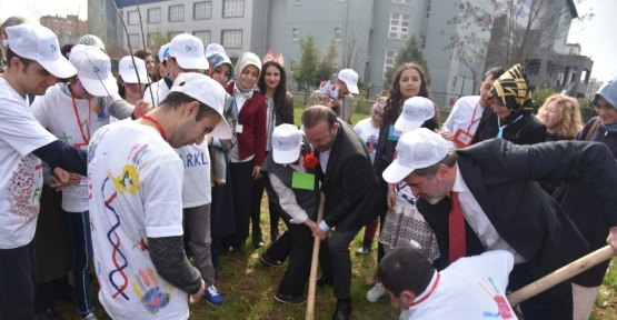 Başkan Doğan, Downlu çocuklarla buluştu