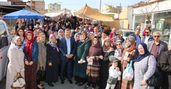Başkan Karabacak, referandum öncesi yeni anayasa çalışmalarını vatandaşlara anlattı