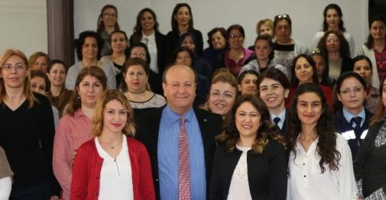 Başkan Özakcan'ın 8 Mart Dünya Kadınlar Günü mesajı