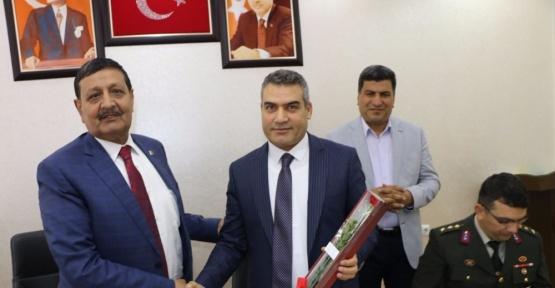Başkan Özyavuz sağlık çalışanlarının Tıp Bayramını kutladı