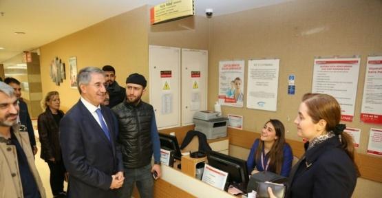 Başkan Yanılmaz'dan hastane ziyareti