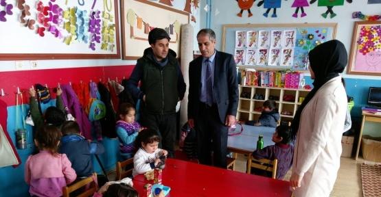 Bayır'dan mahalle ve okul ziyareti