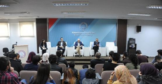 """BEÜ'de """"28 Şubat üzerinden darbe, demokrasi ve insan hakları"""" paneli düzenlendi"""