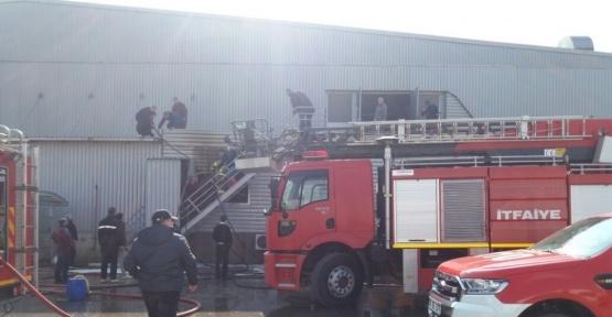 Beyaz et fabrikasının kesimhanesinde yangın