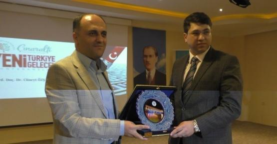 """Beyşehir'de """"Yeni Türkiye, Yeni Gelecek"""" konulu konferans"""
