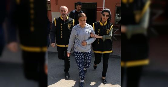 Bıçaklı gasba yardım eden kadın tutuklandı