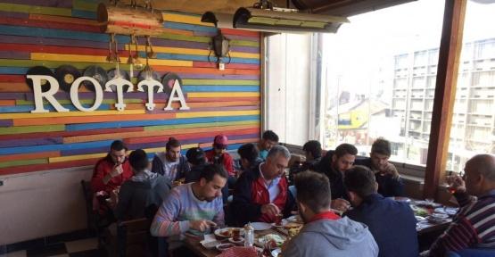 Bilecikspor Güneşspor maçı öncesi kahvaltıda buluştu