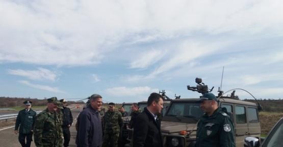 Bulgaristan, Türkiye sınırındaki 270 kilometrelik tel örgü inşaatını Mayıs'ta tamamlıyor