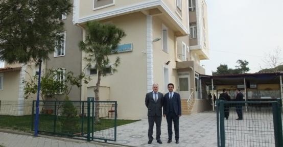 Burhaniye'de öğretmen evi yenilendi