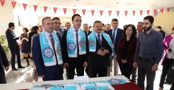 Burhaniye'de Sektörel İşbirliği Günleri üniversitelileri iş sahibi yaptı