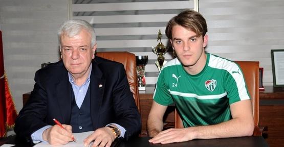 Bursaspor, genç isimle sözleşme uzattı