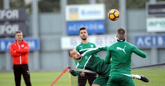 Bursaspor'da Osmanlıspor mesaisi başladı