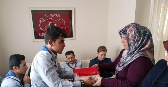 """Büyükşehir Kağıtsporlu izciler, """"İzci Yararlıdır Haftası"""" etkinlikleri düzenledi"""