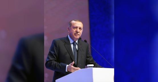 """Cumhurbaşkanı Erdoğan: """"Kimi ülkeler, darbe girişimi başarılı olsun diye beklediler"""""""