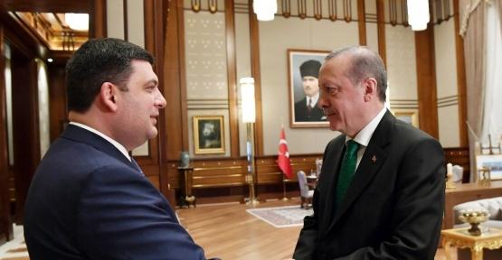 Cumhurbaşkanı Erdoğan, Ukrayna Başbakanı Groysman'ı kabul etti