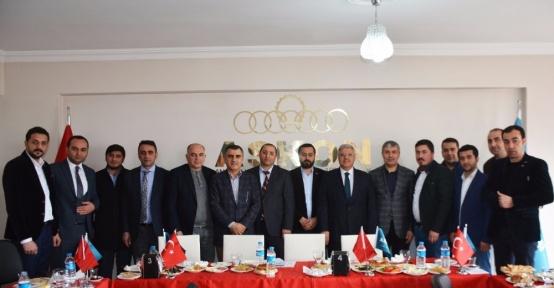 Demiröz, Tatvan'da ASKON üyeleri ile bir araya geldi