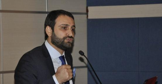 DÜ'de 'Adalet Günleri' konferansı
