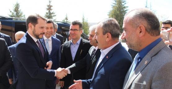 """Enerji ve Tabii Kaynaklar Bakanı Albayrak: """"16 Nisan dönüm noktası"""""""