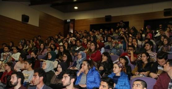 Erasmus Plus-Mevlana-Farabi öğrenci değişim programları bilgilendirme toplantısı yapıldı