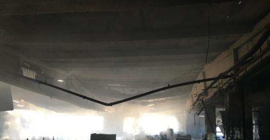 Esenyurt'ta mutfak ve banyo malzemeleri üreten fabrikada yangın çıktı
