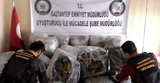 Gaziantep'te 1 ton uyuşturucu ele geçirildi