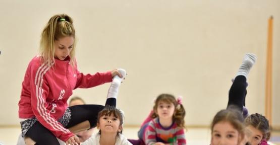 Geleceğin Cimnastikçileri Muratpaşa'da yetişiyor