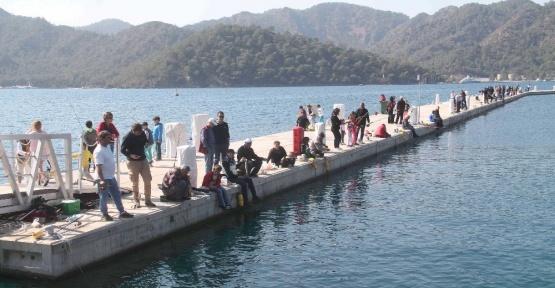 Göcek Körfezinde balık tutma yarışması