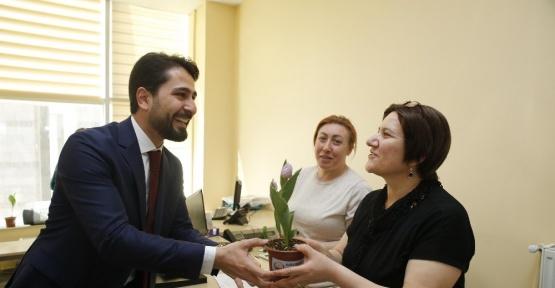 Gölbaşı Belediyesi çalışanların Kadınlar Günü'nü kutladı