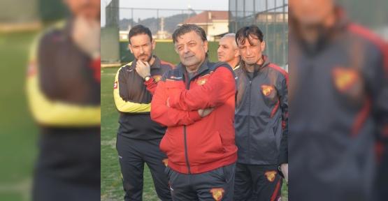 Göztepe'de Yılmaz Vural göreve başladı
