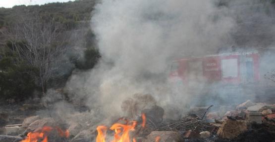 Havaların ısınmasıyla ot yangınları başladı
