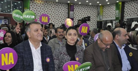 HDP'den referandum kampanyasına eş zamanlı start