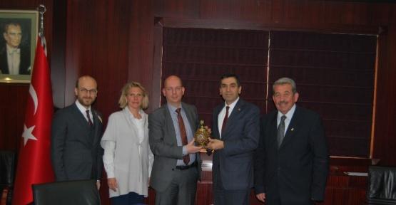 Hollanda Ticaret Ataşesi Kelderhuis'ten GTO Başkanı Hıdıroğlu'na ziyaret