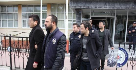 HSYK tarafından ihraç edilen 16 hakim ve savcı adliyeye sevk edildi